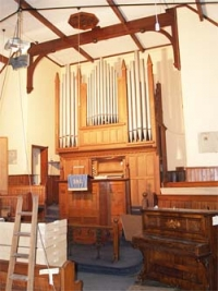 Tanner-Pipe organ Highley
