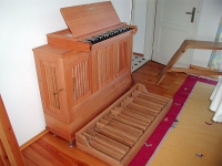 Hugo-Mayer-Chest-Organ